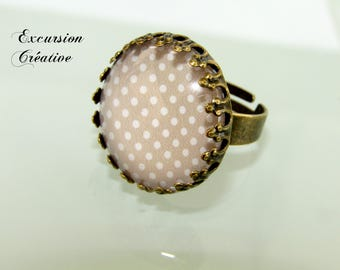 Bronze colored metal 20 mm beige ring with white polka dots