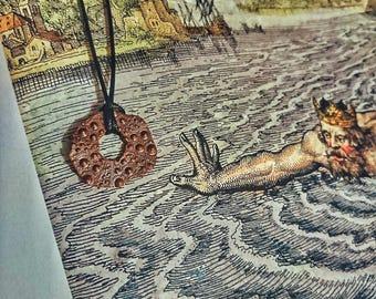 """Son of Neptune"" pendant with 5 petals quintessential talisman"