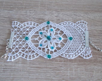 Lace bracelet and Crystal beads