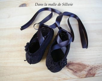 mini black decorative ballet shoes