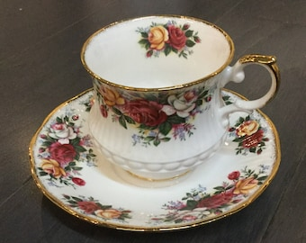 Rosina Bone China Teacup with Multi-Colored Roses Queens Collection
