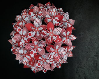 Example of 23 with its 8 boutonnieres paper flowers Bouquet