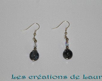 Grey and transparent glass beads earrings