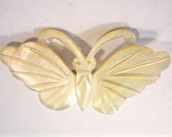 Vintage Mother of Pearl Butterfly Brooch / Pin * Made in Bethlehem * From Family Estate (11)