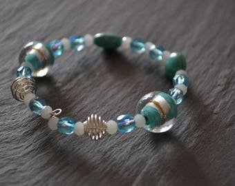Shaped glass beads memory bracelet