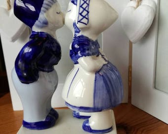 Sweethearts kissing by Delft  Valentine's Day gift