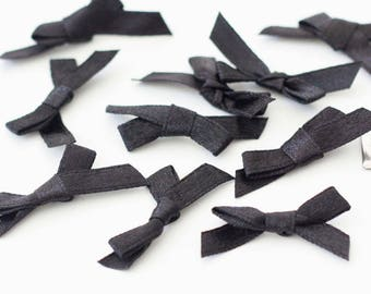 30 black satin bows 35mm