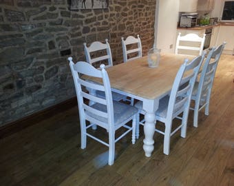 Beautiful 6ft x 3ft Shabby Chic Bespoke Dinning Set & Chairs