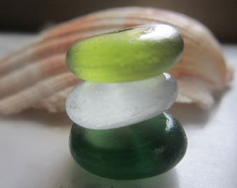 3 pcs  round sea glass/green,olive and licht gray color/Yewelry making/Mosaic craft Art.V-5