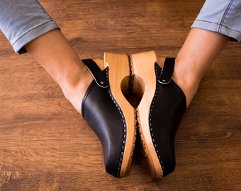 Women clogs swedish LEATHER sandals footwear natural slippers with sole comfortable shoes wooden clogs black mule men new clog platform gift