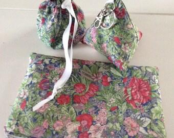 Clutch, purse and liberty Keyring set
