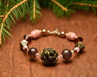 pink beaded bracelet, colorful flower bracelet, floreal boho bracelet, teenager bracelet for sister, mothers day gift, gift for mom