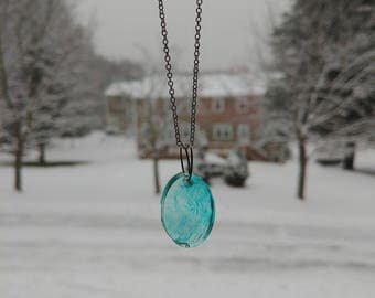 Oval resin necklace