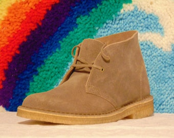 clarks Originals desert boots chukka hipster mod ankle boot Wallabee suede lace-up taupe women's 10 men's 8