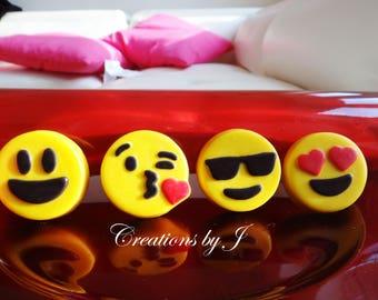 1 dozen Emoji Oreos