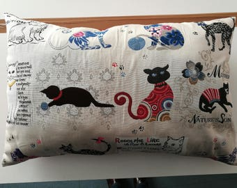 large cushion jacquard pattern cats