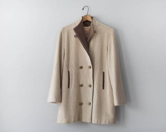 Vintage Beige Wool Coat // Beige and Brown George Simonton for Herman Kay Coat with Wooden Buttons  // Size Medium