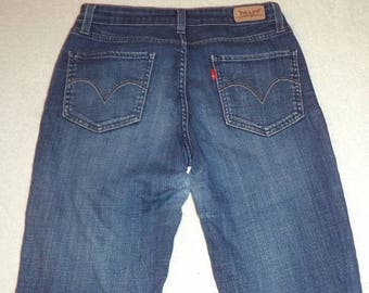 Vintage Levi's Mid Rise Skinny size 8M 28 x 31 faded women's jeans   #55