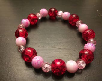 Red and Pink glass bead stretchy bracelet