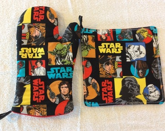 Classic Star Wars Oven Mitt and Hot Pad