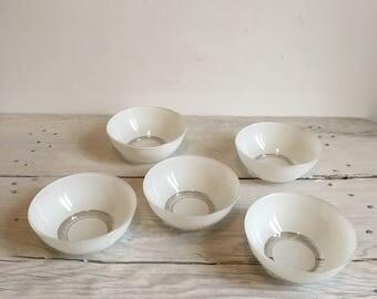Small vintage 1970 white pastel duralex bowls. set of 5.