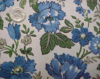 Vintage Antique Sturdy Cotton Ticking Fabric Blue Roses 30s Material 42x3Yd