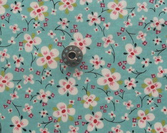 FAT EIGHTH Farmdale Blossom from the Alexander Henry Vault | Small scale floral print on a turquoise background.