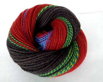Handspun yarn, super soft merino yarn, self striping yarn, worsted yarn, green, red, gray, KINGS of EGYPT, 4.2oz/200yds, 120g/180m,100% wool