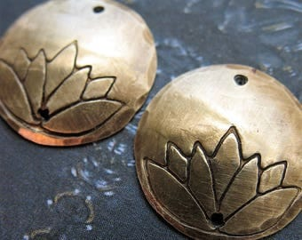 18mm Antiqued Brass Hammered and Lotus Stamped Double Hole Discs - 1 pair