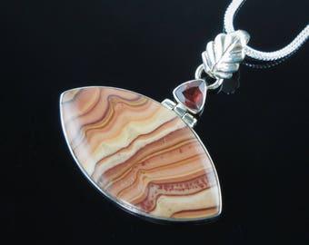 Garnet & jasper sterling silver pendant/necklace