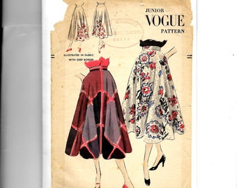 Vogue Misses' Skirt Pattern 3355