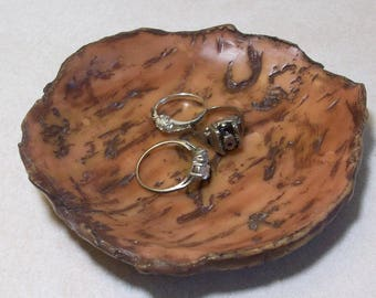 wood look ring dish hand carved in polymer clay, wood look sculpture