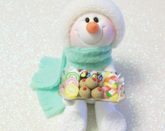Cookie and Candy Exchange: Snowman ornament