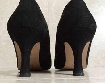 Leopard Cross Strapped Black Suede Pumps - Touch of Nina - 1980s - size 9