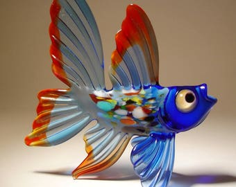 Handmade Blown Glass Art Figurine Blue with Red Trim Exotic Fish