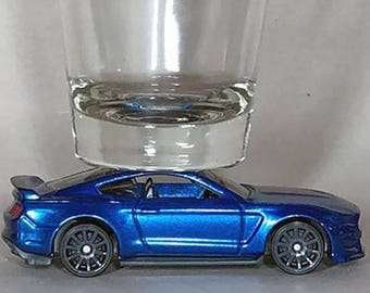 The ORIGINAL Hot Shot, Classic Hot Rods, Shot Glass, '14 Ford Shelby GT350R, Hot Wheel car