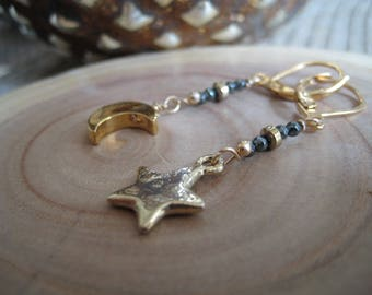 Love you to the Moon stars earrings-gunmetal  asymmetrical crescent moon earrings -tiny gold Moon,star earrings-boho mixed metals earrings