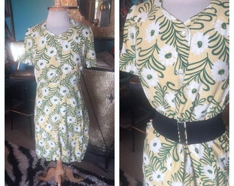 Vintage 1940s Dress yellow green floral rayon Novelty Print Swing Rockabilly Pinup M L 40s WWII era