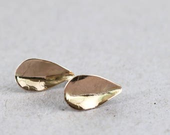 14k gold stud earrings, leaves, solid yellow gold, Nature jewelry