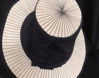 VINTAGE 1930S/1940S Two Tone Tilt Topper Hat