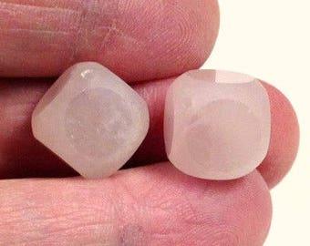 VINTAGE ROSE QUARTZ Carved Cubes stone Beads 13x13mm pkg2 cb43
