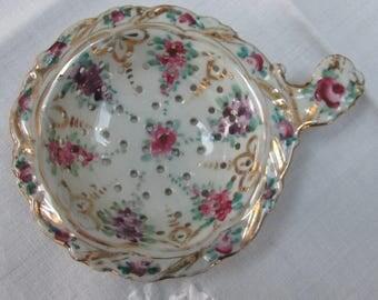 VINTAGE - Tea Strainer - Porcelain