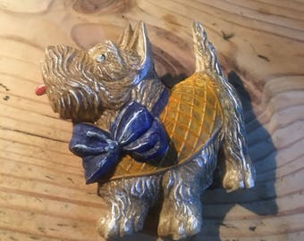 Vintage style brooch pin,scottie dog wearing a blue bow.
