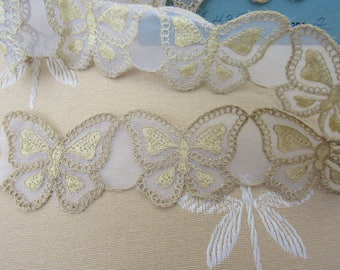"""29"""" Vintage Embroidered Organdy BUTTERFLIES Gold and White Fabric Trim Edging  1-3/4"""" Wide Doll Children's Clothing Crafts Sewing"""