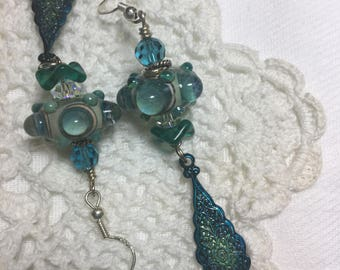 Bubble Lampwork Beads Dangle Earring with a handpainted decorative dangle