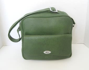 Vintage Avocado Green Carry On Bag Overnight Bag Luggage