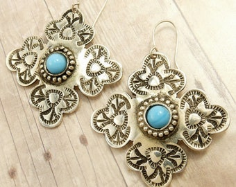 Vintage Native American Earrings Silver Plated & Turquoise Cabochons