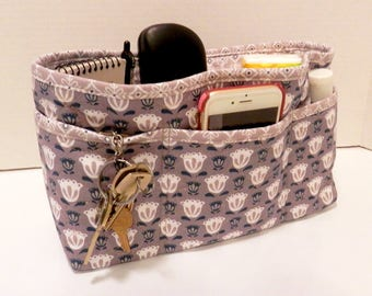 Quilted Purse Organizer Insert With Enclosed Bottom Large - Taupe and White