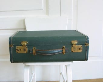 Vintage Green Suitcase, Green Luggage, Retro Suitcase, Industrial Storage, Small Green Case, Small Case, Green Storage