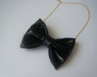 Necklace ♥ ♥ black vinyl bow